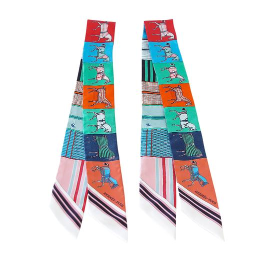 Preload https://img-static.tradesy.com/item/23338356/hermes-blue-green-white-black-twilly-couvertures-nouvelles-set-of-2-multi-colour-red-gr-scarfwrap-0-0-540-540.jpg