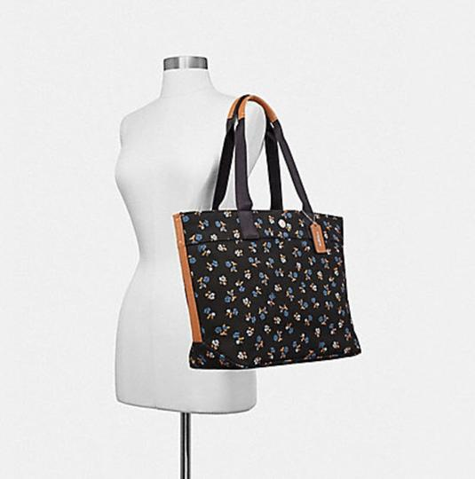 Coach Taylor Leather Platinum Tote in multicolor