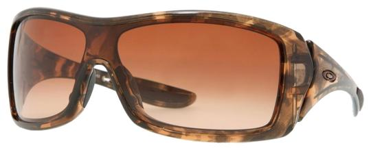 Preload https://item3.tradesy.com/images/oakley-havana-and-light-brown-new-unisex-oo9092-03-frame-lens-sunglasses-23338472-0-1.jpg?width=440&height=440