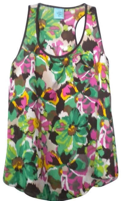 Preload https://item2.tradesy.com/images/hip-multi-color-hip-women-small-tank-topcami-size-4-s-23338521-0-2.jpg?width=400&height=650