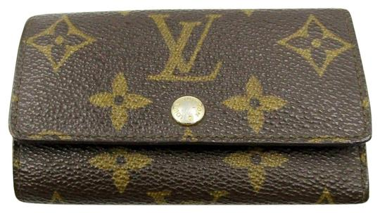 Preload https://item4.tradesy.com/images/louis-vuitton-brown-lv-monogram-canvas-6-key-holder-logo-pouch-wallet-unisex-23338568-0-1.jpg?width=440&height=440