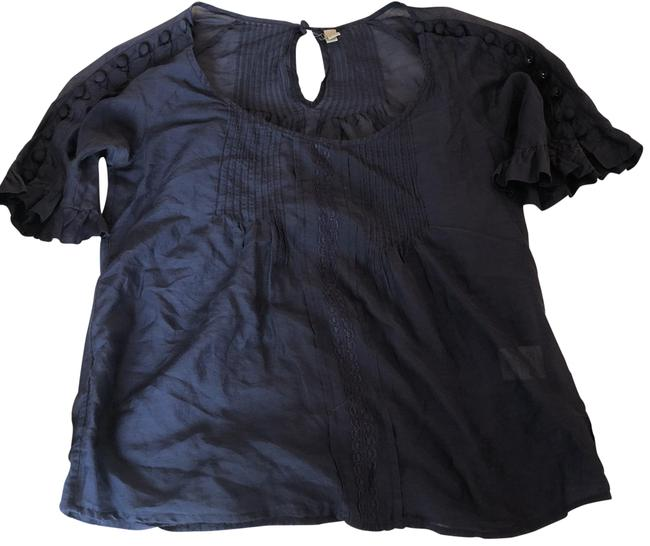 Preload https://item4.tradesy.com/images/joie-navy-blue-button-detail-short-sleeve-blouse-size-2-xs-23338818-0-1.jpg?width=400&height=650