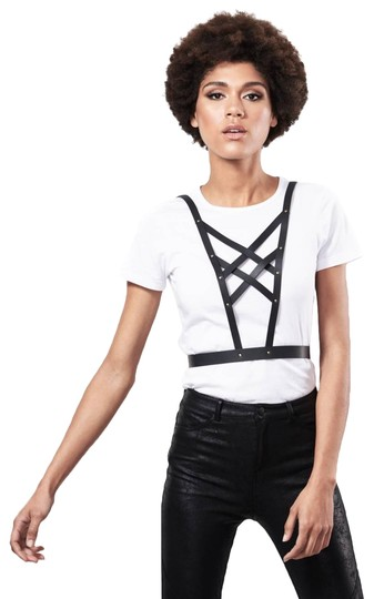 Preload https://item5.tradesy.com/images/black-maze-cross-front-harness-necklace-23338944-0-1.jpg?width=440&height=440