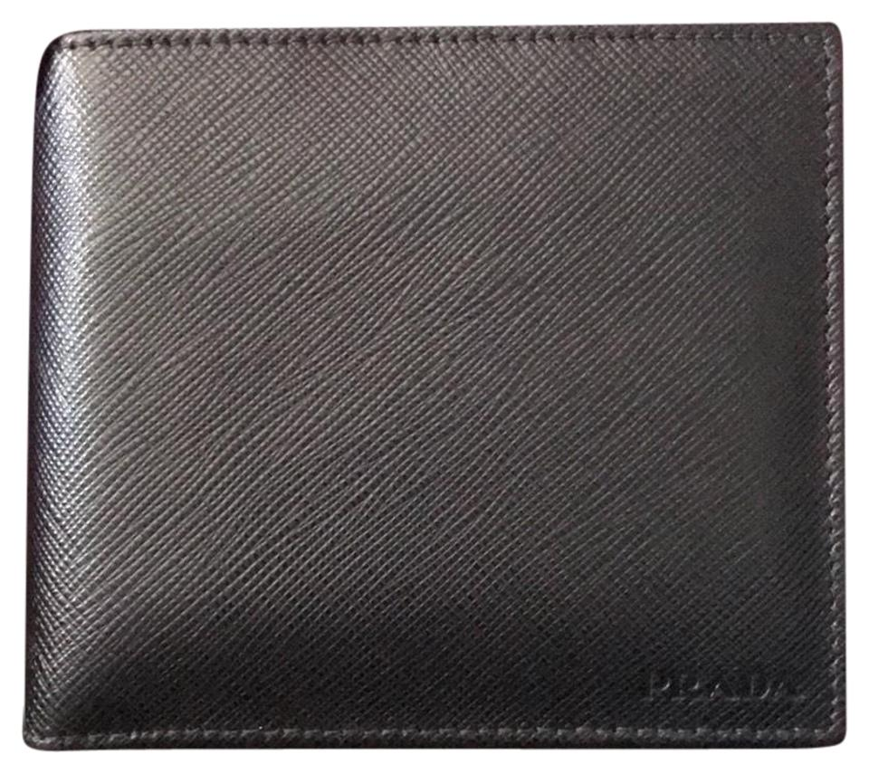 685b08ca49e991 Prada Prada men's leather wallet new with gift box total 16 credit card  slots, a ...