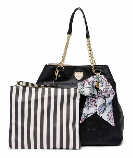 Preload https://img-static.tradesy.com/item/23339059/betsey-johnson-quilted-trap-black-faux-leather-tote-0-0-540-540.jpg