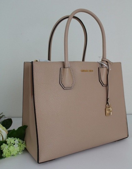 Michael Kors Tote in Oyster