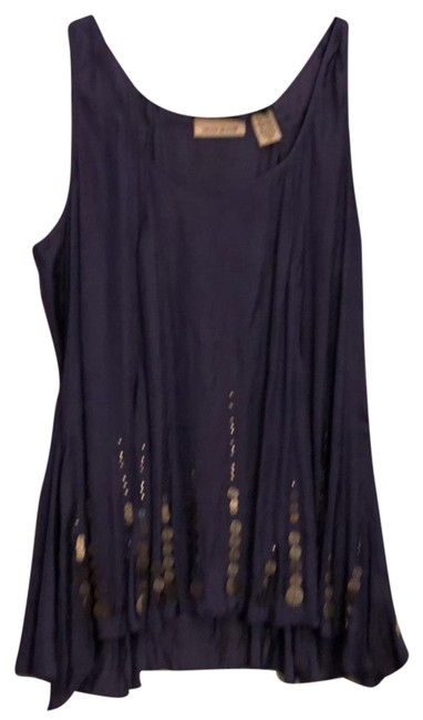 Preload https://item1.tradesy.com/images/dkny-purple-j3271286-night-out-top-size-4-s-23339325-0-2.jpg?width=400&height=650