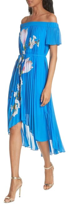 Preload https://item4.tradesy.com/images/ted-baker-bright-blue-melma-harmony-pleated-long-casual-maxi-dress-size-8-m-23339468-0-1.jpg?width=400&height=650