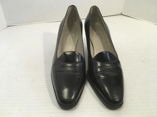 Joan Halpern Upper Soles Italy MAKE AN OFFER Black all leather chunky staff wood heels penny loafer style Italian Pumps