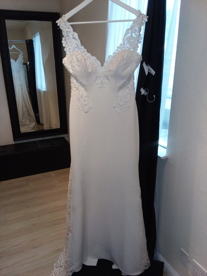 Maggie Sottero Soft Pearl/Pewter Accent Aldora Crepe and Lace Veronica Modern Wedding Dress Size 8 (M)