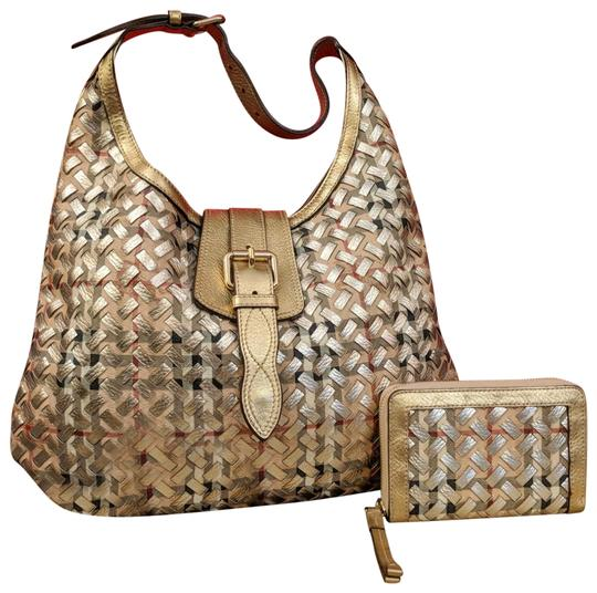 Preload https://item2.tradesy.com/images/burberry-classic-check-gold-wallet-set-leather-and-pvc-hobo-bag-23339581-0-1.jpg?width=440&height=440