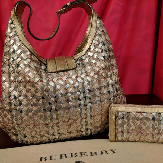 Burberry Hobo Bag Image 2