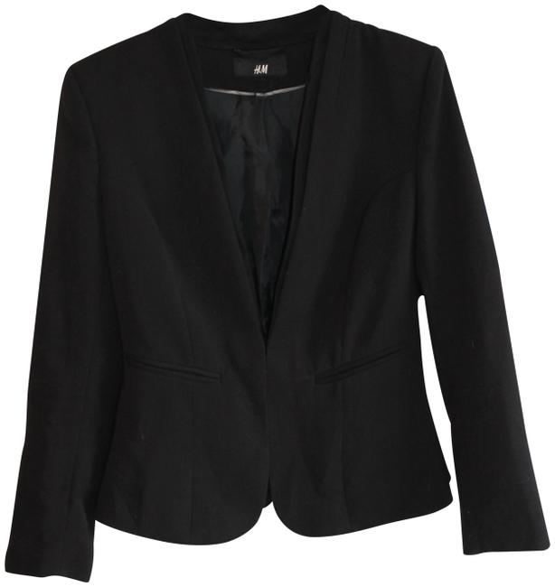 Preload https://item2.tradesy.com/images/h-and-m-black-women-s-long-sleeve-lined-blazer-size-8-m-23339591-0-2.jpg?width=400&height=650