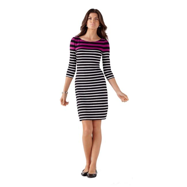 Preload https://img-static.tradesy.com/item/23339592/white-house-black-market-pink-very-berry-jersey-short-workoffice-dress-size-2-xs-0-0-650-650.jpg