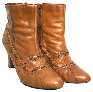 Bobbi Blu brown Boots