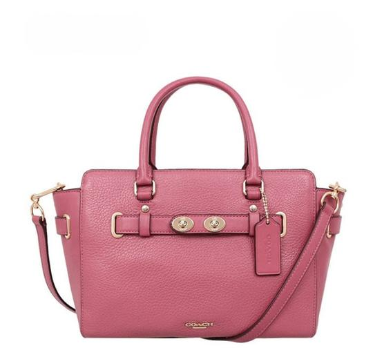 Preload https://item1.tradesy.com/images/coach-swagger-blake-carryall-25-in-bubble-55665-rouge-pink-leather-satchel-23339680-0-0.jpg?width=440&height=440