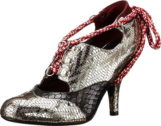 Preload https://img-static.tradesy.com/item/23339704/vivienne-westwood-silver-vw0115b-snake-embossed-high-heels-pumps-size-us-6-regular-m-b-0-2-540-540.jpg
