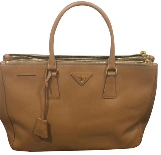 Preload https://item2.tradesy.com/images/prada-double-purse-beigebrown-leather-satchel-23340106-0-2.jpg?width=440&height=440