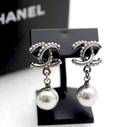 Chanel Unique Gunmetal Grey CC Coco Bead Pearl Dangle