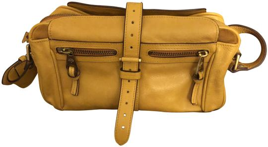 Preload https://item5.tradesy.com/images/mulberry-mabel-mini-mustard-yellow-leather-shoulder-bag-23340334-0-1.jpg?width=440&height=440