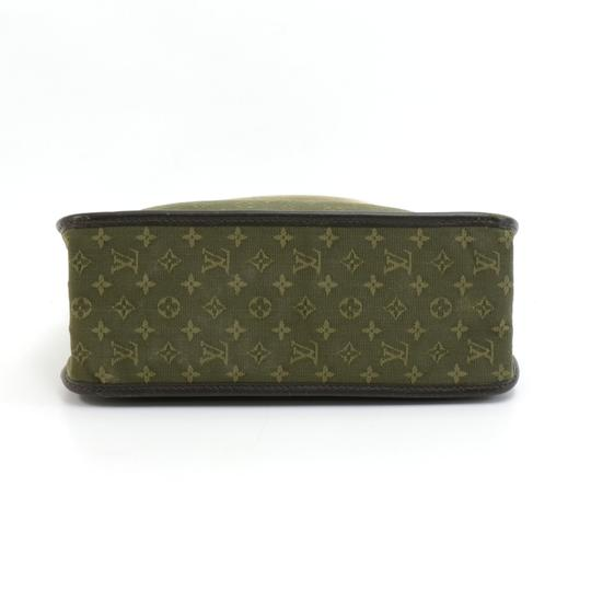 Louis Vuitton Tote in Green Image 4