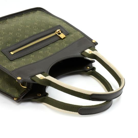 Louis Vuitton Tote in Green Image 5