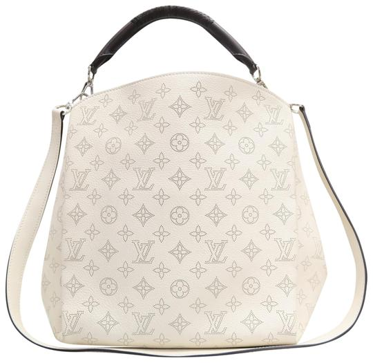 Preload https://img-static.tradesy.com/item/23340645/louis-vuitton-babylone-mahina-pm-creme-calfskin-leather-satchel-0-1-540-540.jpg