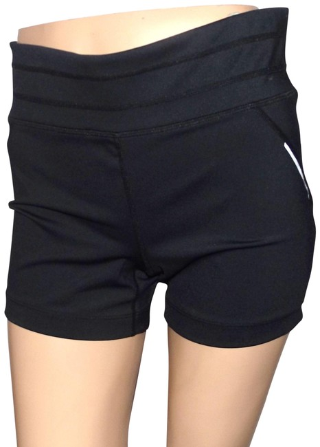 Preload https://item3.tradesy.com/images/athleta-black-women-s-activewear-shorts-size-12-l-32-33-23340887-0-1.jpg?width=400&height=650
