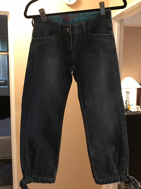 Preload https://item3.tradesy.com/images/french-connection-light-to-medium-denim-wash-fcuk-capricropped-jeans-size-25-2-xs-23340922-0-0.jpg?width=400&height=650