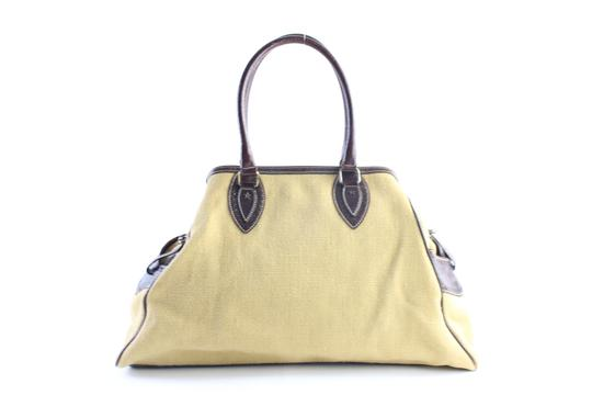 Preload https://item2.tradesy.com/images/fendi-extra-large-zucca-tote-11fr0509-tan-canvas-satchel-23340946-0-1.jpg?width=440&height=440