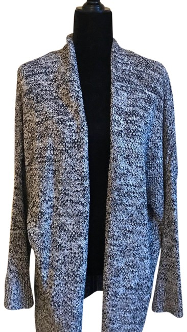 Preload https://img-static.tradesy.com/item/23341084/old-navy-black-tan-grey-cardigan-size-18-xl-plus-0x-0-1-650-650.jpg