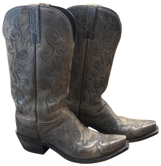 Preload https://item2.tradesy.com/images/lucchese-grey-na-bootsbooties-size-us-75-regular-m-b-23341101-0-1.jpg?width=440&height=440