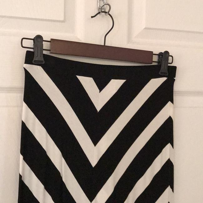 White House | Black Market Maxi Skirt Black + White