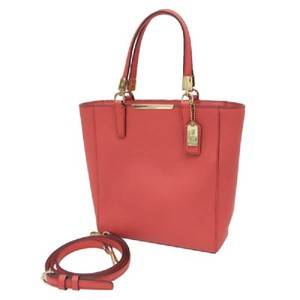 Coach Tote in Love Red