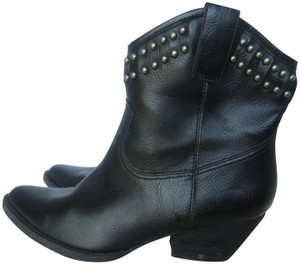 Very Volatile Studded Western black Boots