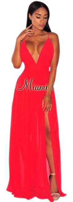 Item - Red Hotmiamistyles Long Casual Maxi Dress Size 10 (M)