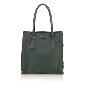 9542081f0b94 Prada Bags on Sale - Up to 70% off at Tradesy