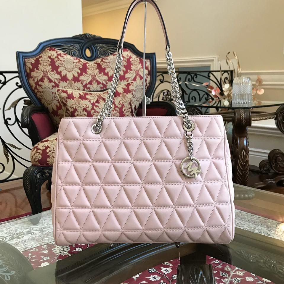 7787b7e4a6ef ... Michael Kors Chain Susannah Nude Oyster Shoulder Bag ... NWT Authentic  Michael Kors Susannah Quilted Leather Large ...