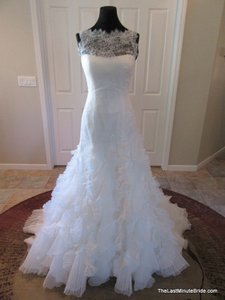 Pronovias Leandra Wedding Dress