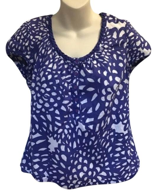 Preload https://img-static.tradesy.com/item/23348840/boden-floral-cap-sleeve-cotton-waist-155-in-across-20-in-long-blouse-size-6-s-0-1-650-650.jpg