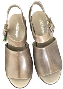 Antelope Hand Dyed Leather Grey Sandals