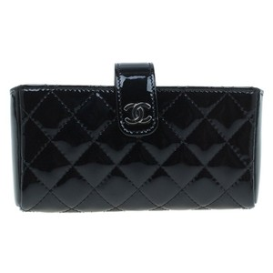 Chanel Chanel Black Quilted Patent Iphone Pouch