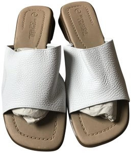 Montego Bay Club New Without Tags Pebbled Leather Slip-on Style White Sandals