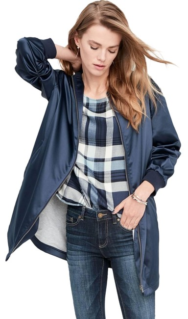 Preload https://img-static.tradesy.com/item/23350414/vince-camuto-navy-two-by-long-bomber-women-spring-jacket-size-12-l-0-1-650-650.jpg