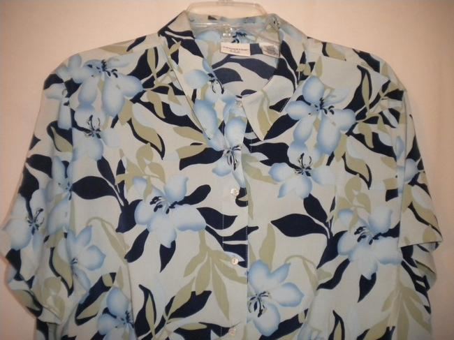 Covington Button Front Short Sleeve Floral Button Down Shirt Multi-Color