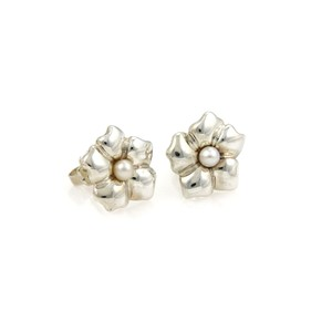Tiffany & Co. Pearls Floral Sterling Silver Stud Earrings