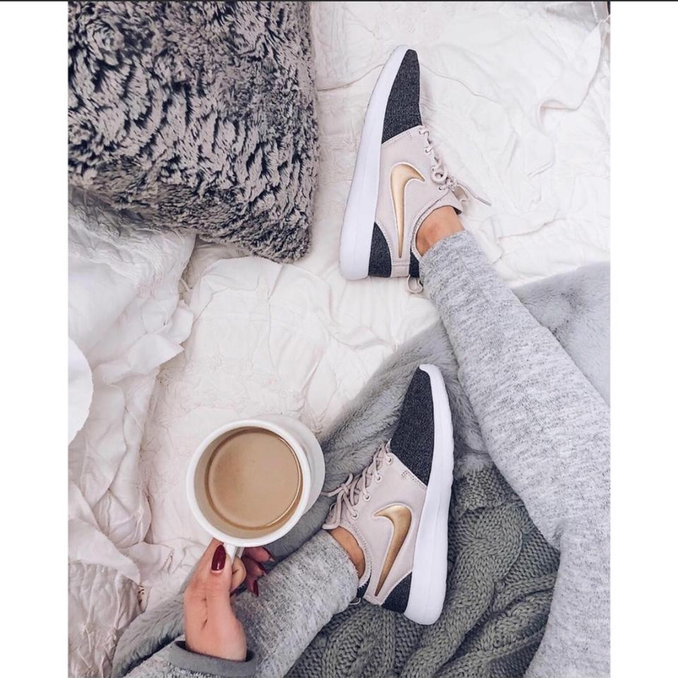 81e061e612d37 Nike Women s Roshe Two Knit Sneakers Is Light and Flexible As The Roshe.  The Roshe Two Features A Triple Layer For Sneakers Size US 8 Narrow (Aa