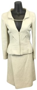 Chanel Chanel Cream and Silver Skirt Suit size Small (38)