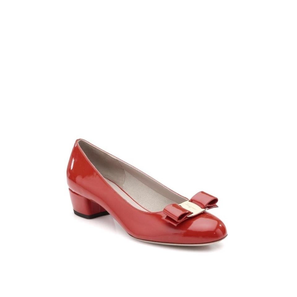 2f6d447e31 Salvatore Ferragamo Bow Chunky Heel Patent Leather Red Pumps Image 0 ...
