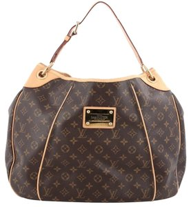 Louis Vuitton Lv Leather Hobo Bag